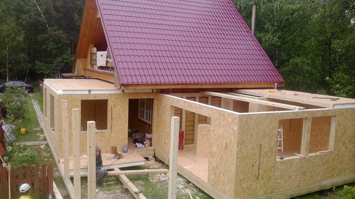 пристрой к деревянному дому с мансардой фото даже разгар лета